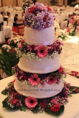 3 tier Fresh Flowers Wedding cakes