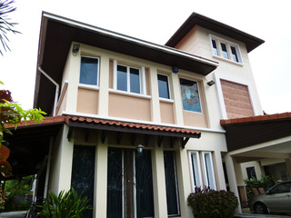 Medium mutiara facade