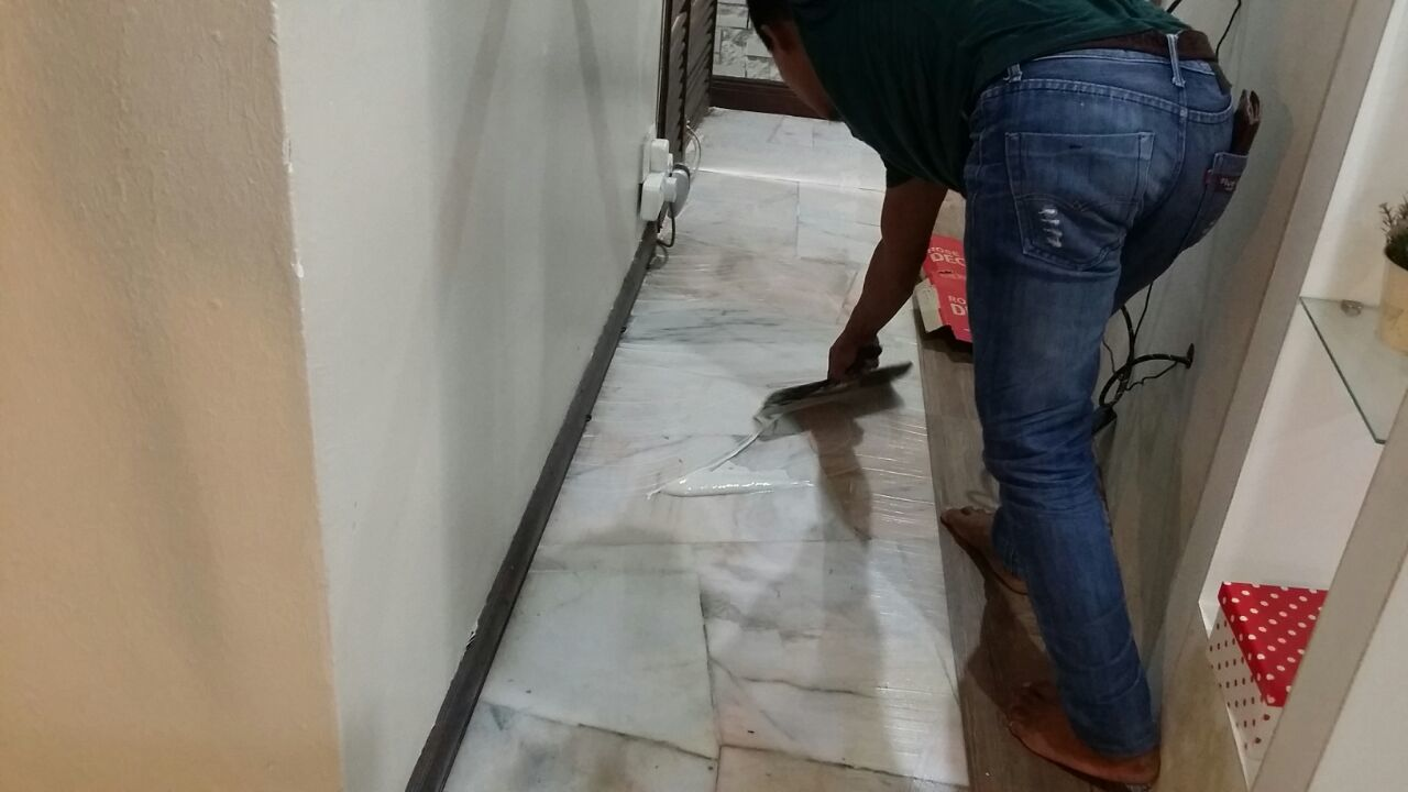 Mr Azize /Yusmeri House by Floor World Cheras - Floor Refurbish Vinyl Laminate - Recommend.my