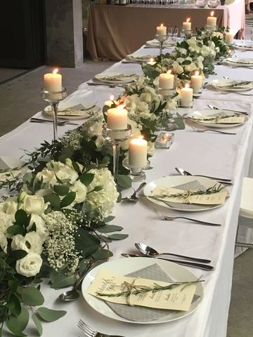 Full Table Setup w Florals