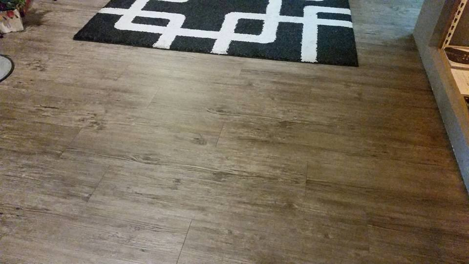 Lux Ocean Wallpaper & Flooring - Projects by Lux Ocean Wallpaper & Flooring - Laminate Flooring Completed Vinyl - Recommend.my