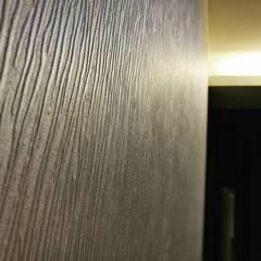 Lux Ocean Wallpaper & Flooring