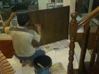 door varnishing