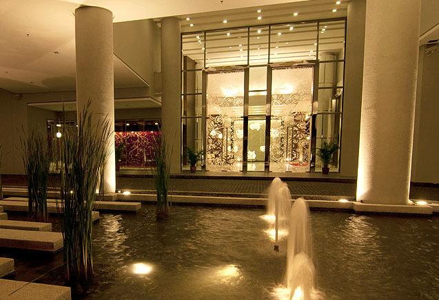 Swiss-Garden Hotel