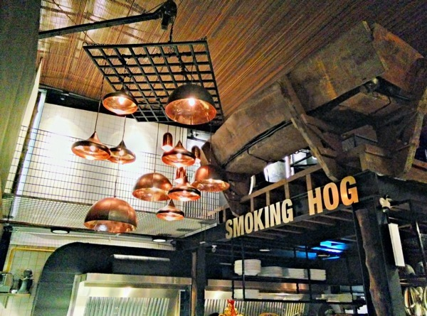 Smoking Hog Cafe by MIL Design & Construction - Completed 1200 - 1800 sqft Restaurant Kitsch Industrial Paint Carpentry Ceiling Wall Decor Raw Luxury Flooring Wetworks 3D Design Electrical Furniture Lighting Kitchen Cabinet - Recommend.my