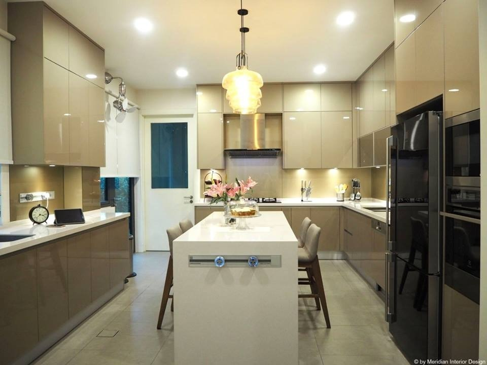 Bungalow: Contemporary Islamic Home Design by Meridian Inspiration Sdn Bhd - Completed Above 2400 sqft Semi-D / Bungalow Kids Bedroom Bedroom Living Living Room Kitchen Dining Study / Office Contemporary Modern - Recommend.my