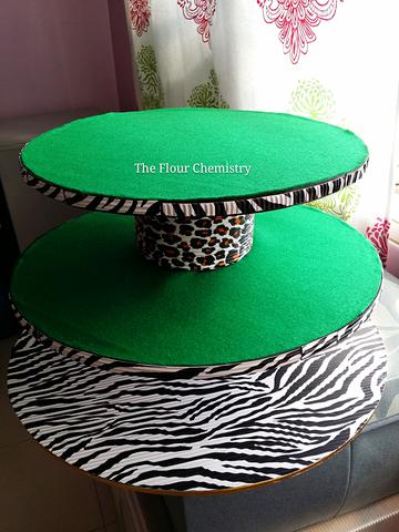 Safari Cake Stand
