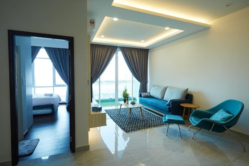 Condo Design and Build in Johor Bahru by Inniva Design & Construction Sdn Bhd - Completed 800 - 1200 sqft Condo / Apartment Living Living Room Dining Bedroom Bathroom Modern Contemporary - Recommend.my