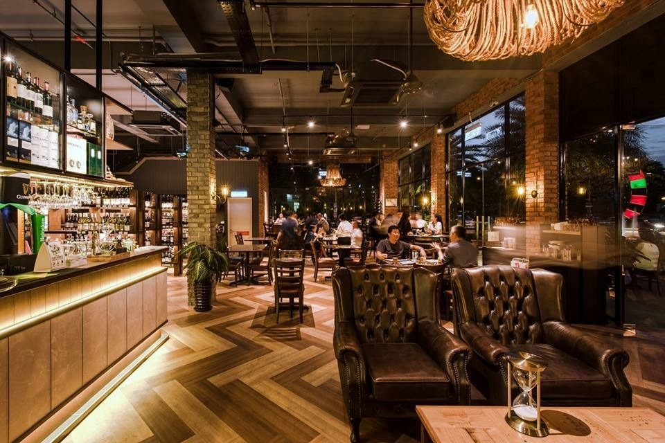 Vintry  at Oasis Square,Ara Damansara by Pocket Square - Completed 1800 - 2400 sqft Shop / Retail / F&B Bar Dining Restaurant Industrial Raw Luxury - Recommend.my