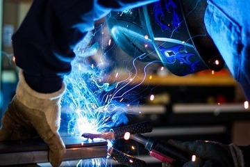 Medium welding 1209208  340