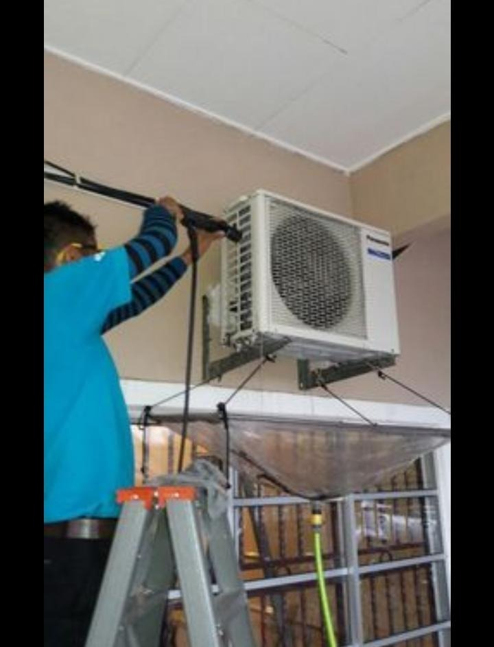 RYANISYIA AIRCON & ELECTRICK SOLUTION