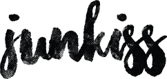 Medium junkiss logo