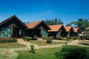 Manor Beach Resort